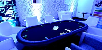 poker night leeds living room